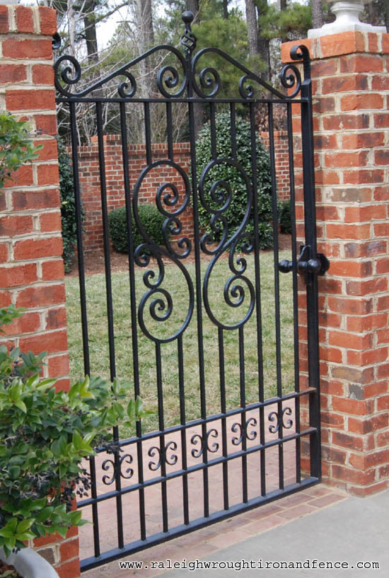 Find wrought iron Garden Fencing and Gates customized to fit your